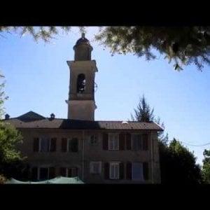 Sorpresa in chiesa: il campanaro suona l'inno del Genoa