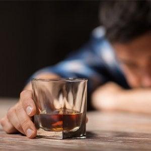 Alcol, prevenzione e ipocrisie