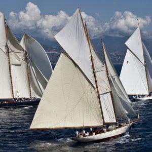 Torna a Montecarlo la Monaco Classic Week, spettacolare raduno di barche d'epoca