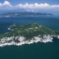 Protesta ambientalista all'isola di Palmaria