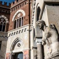 Castello d'Albertis, la Venere di Milo si sbriciola: ecco i danni dopo 120 anni all'aperto