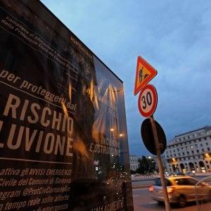 """Toti: """"L'allerta diventa arancione su Genova e Savona e gialla altrove, ma non è finita: prudenza"""""""