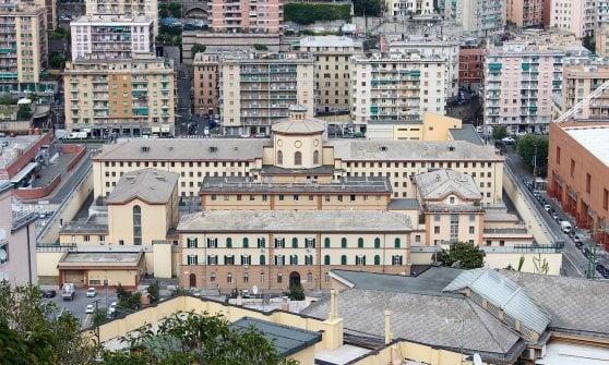 Carceri: scabbia in cella Marassi, sei detenuti isolati