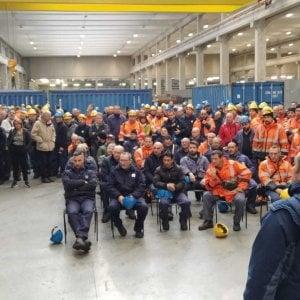 Genova, acciaierie Arcelor Mittal, lavoratori in assemblea : proclamato stato di agitazione