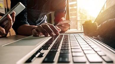 Genovesi digitali in caccia di lavoro sul sito del Comune