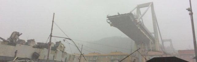 """Ponte Morandi, un indagato: """"Il crollo forse dovuto al cedimento di un cassone"""""""