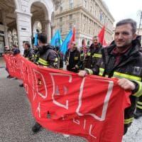 Edili in piazza per chiedere lo sblocco dei cantieri