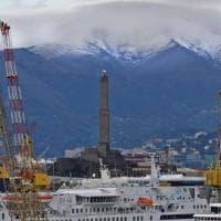 Imbiancati i monti intorno a Genova