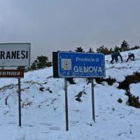La neve ai piani di Praglia, alle spalle di Genova
