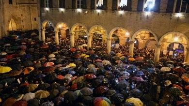 Il popolo delle sardine di Genova