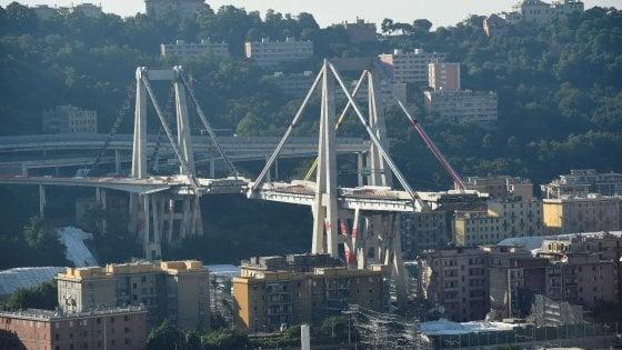 """Autostrade estromessa dalla ricostruzione del Morandi: """"Possibile vizio costituzionale, decida la Consulta"""""""