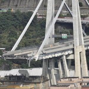 """Ponte Morandi, i dubbi del Tar: """"Non chiari i parametri delle indennità agli sfollati"""""""