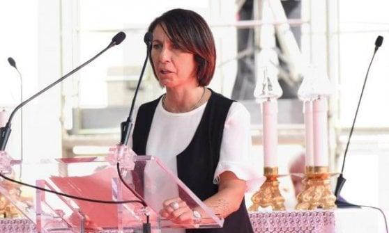 """Cori a San Siro sul crollo di ponte Morandi. I parenti delle vittime: """"Barbari"""""""