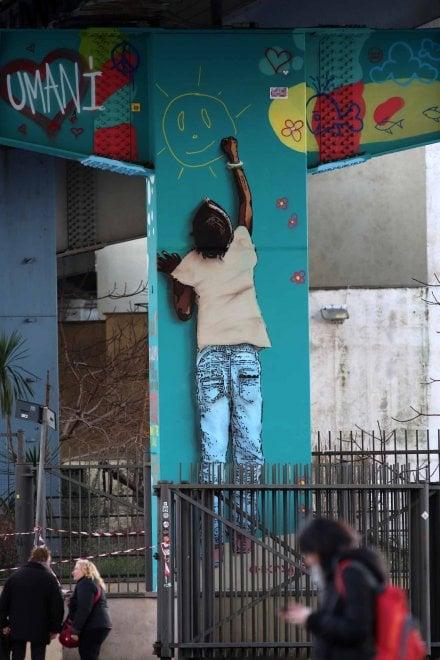 Restiamo umani, il pilone della Sopraelevata ispirato al festival hip hop