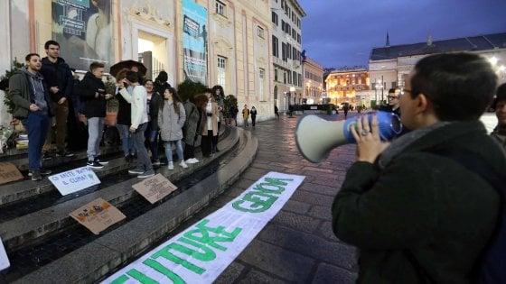 """I giovani di Fridays al futuro Governatore della Liguria: """"Più parchi, meno auto private"""""""