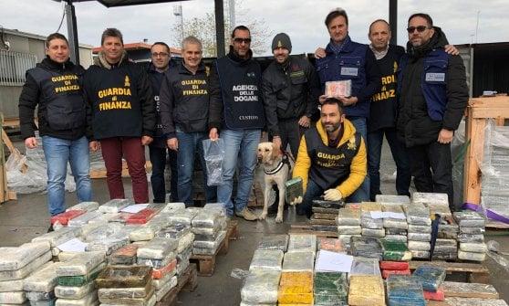 La Spezia, la Guardia di Finanza  sequestra 333 chili di cocaina pura