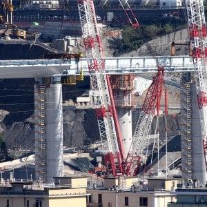 Crollo Morandi, completate tutte le 18 pile del nuovo ponte di Genova