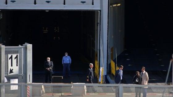 Coronavirus, pronta a Genova la nave ospedale