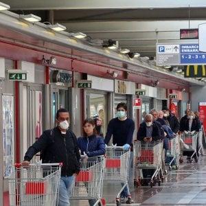 Coronavirus, domenica sciopero dei dipendenti dei supermercati