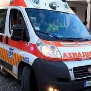 Via Sapeto, incendio in una casa: sette persone evacuate