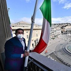 """Toti vuole lo stop a codici appalti e antimafia, reazioni di Libera e delle opposizioni: """"Vuole favorire i grandi gruppi finanziari"""""""