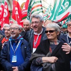 """I sindacati contro Toti: """"Agghiacciante la sua proposta per"""