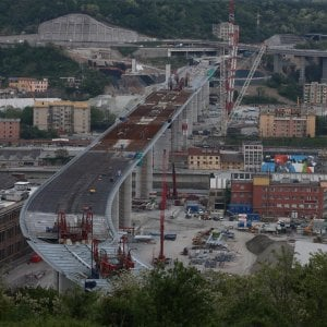Così  il viadotto è stato ricostruito in un anno