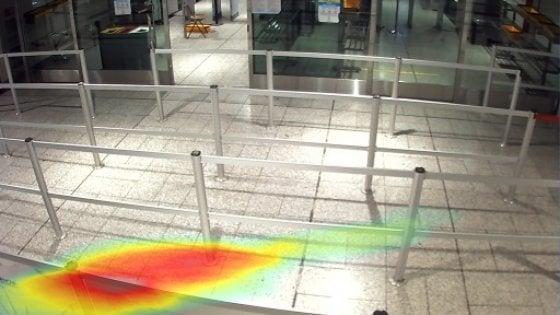 Intelligenza artificiale e videosorveglianza per controllare il distanziamento all'aeroporto