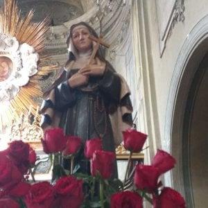 Le rose di Santa Rita diventano da asporto