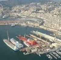 Porti Genova e Savona: passeggeri -98,4%, container -15,8%