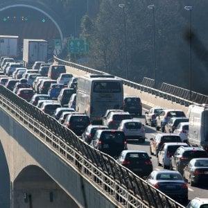 Autostrade, code in tutta la rete ligure, ingorghi intorno a Genova