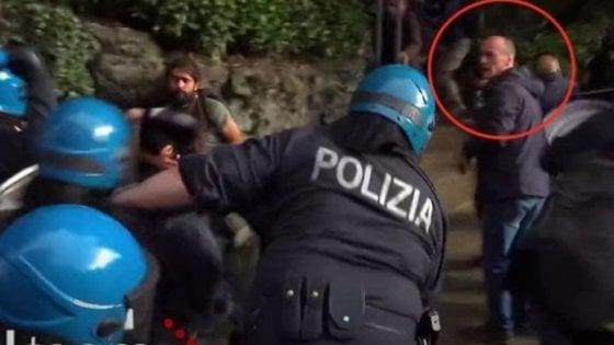 Genova, chiesto il processo per i quattro poliziotti che pestarono il giornalista Origone