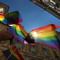Famiglie arcobaleno in piazza per i diritti
