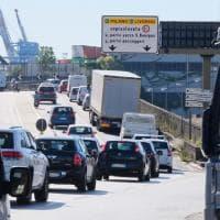 A7 chiusa tra Bolzaneto e Genova Ovest, la Valpolcevera paralizzata