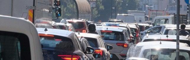 Valbisagno, traffico in tilt per un semaforo al casello di Genova Est: 3 ore da Sampierdarena