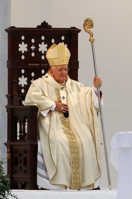 La prima messa del nuovo vescovo di Genova