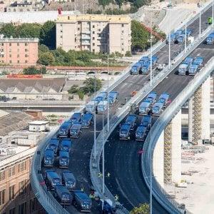 Nuovo ponte di Genova, sul viadotto un carico di 2.500 tonnellate per il collaudo statico