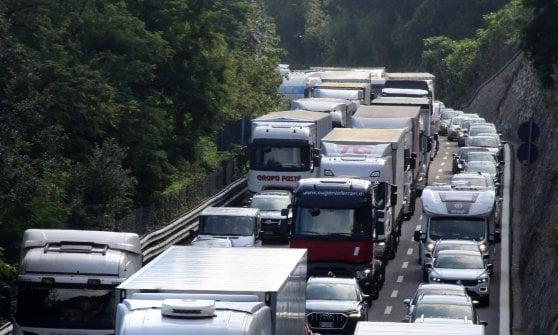 Cantieri sulle autostrade: ancora una mattina di code in Liguria