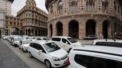 Truffe ai clienti, tassisti rischiano la licenza a Genova