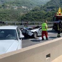 Incidente con sei auto e un tir, chiusa per ore la A12 verso Genova