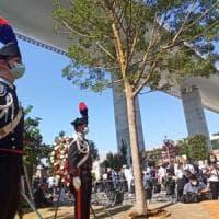 """Genova, Conte alla cerimonia per le 43 vittime del Ponte: """"Il nostro impegno a garantire..."""