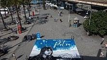 """La """"Petra"""" di Paola Cortellesi diventa un'opera di street art al Porto Antico di Genova"""