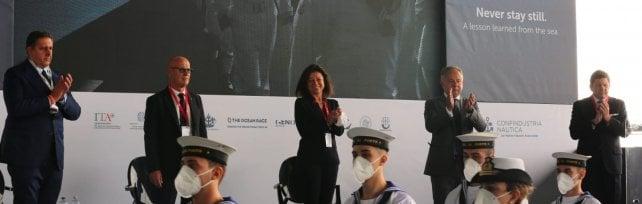 Nautica per tutte le tasche, a Genova apre  il Salone a prova di Covid   Video