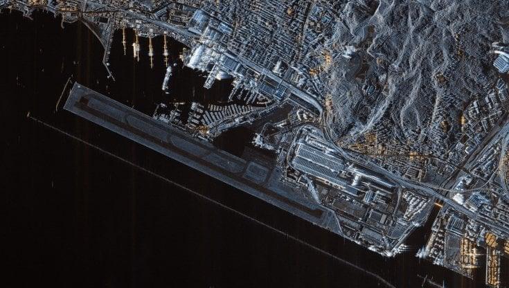 Le prime due foto della Terra dal satellite Cosmo SkyMed: il Louvre e l