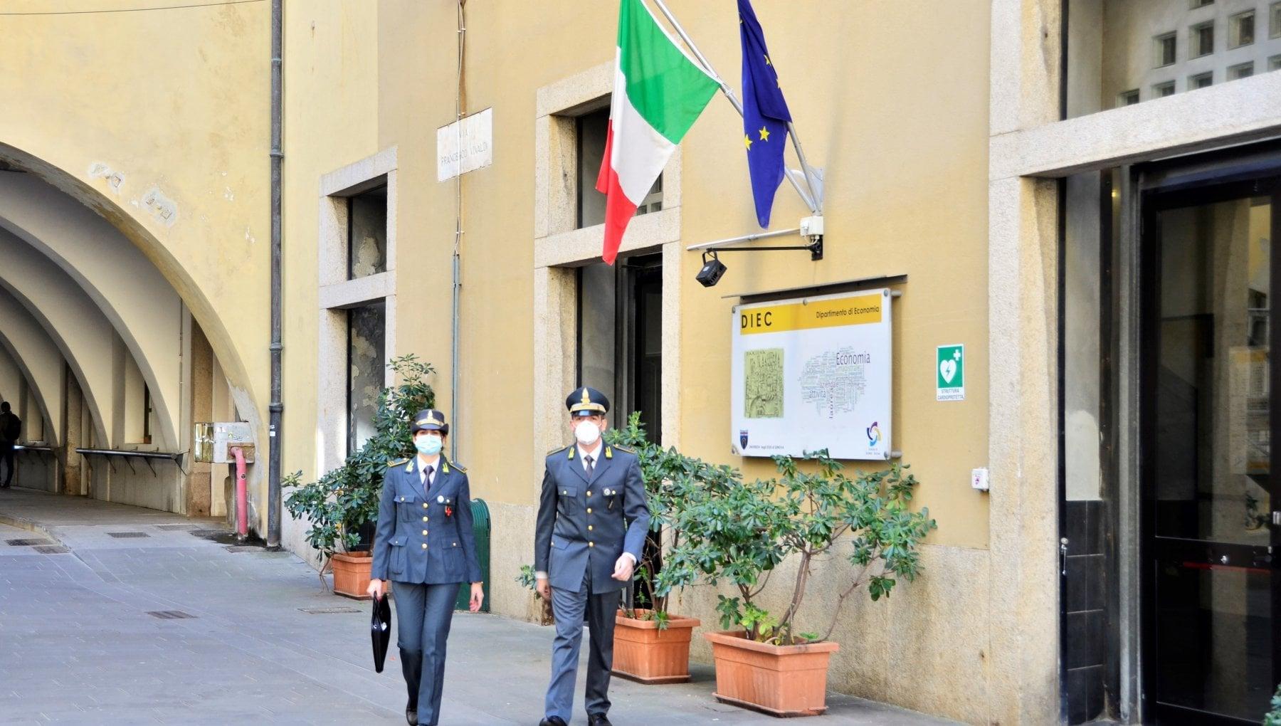 080400835 8e0e3b94 0010 4da5 adc8 7a0ca4d4eb6f - Esami universitari e tesi falsate, 22 indagati a Genova