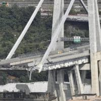 """Ponte Morandi, verso il processo in 69. I consulenti della Procura: """"Nei ritardi sulla..."""