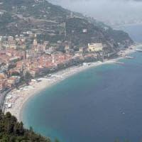 Sessantacinquenne genovese trovato morto in mare a Finale Ligure