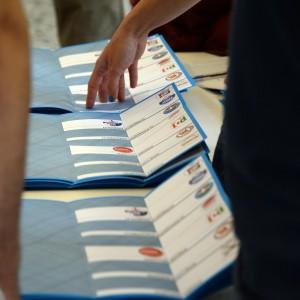 Comunali, Gori e Tentori al ballottaggio a Bergamo. Si rivota anche a Cremona e Pavia