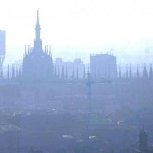 Migliora l'aria a Milano, smog mai così basso negli ultimi 10 anni anche grazie al meteo