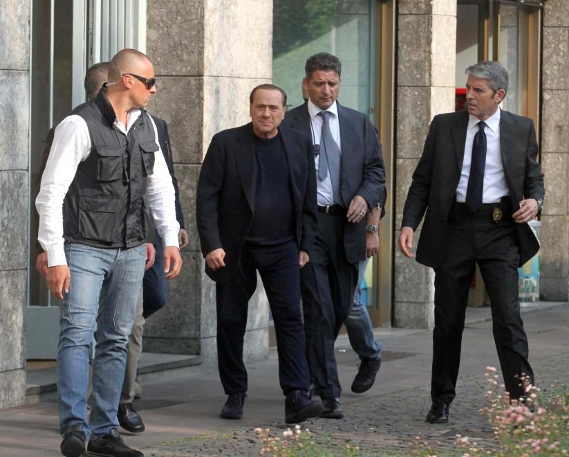 Berlusconi, primo colloquio con l'assistente sociale